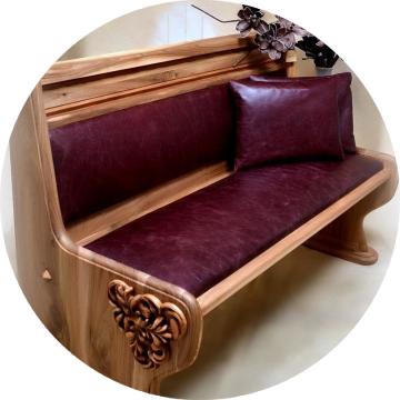 Nábytok z parožia a z masívu, Moebel aus Massivholz und Holz, Antlers and wood furniture