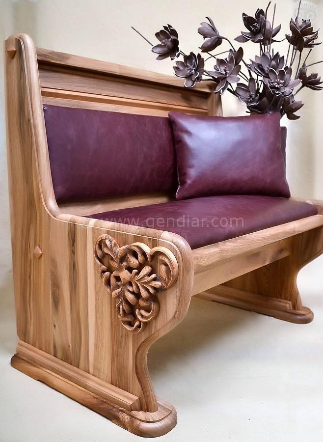 Originálne sedacie súpravy z masívneho dreva, Ursprünglich mit massiven Bäumen sediert, Originally sedated with massive wood